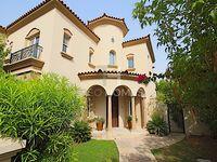 5 Bedroom Villa in Alvorada 1-photo @index