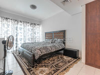 1 Bedroom Apartment in Lake View Tower 2-photo @index