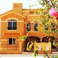 4 Bedroom Villa in Dyar Park-photo @index