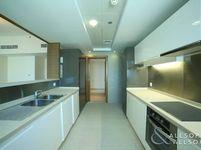 3 Bedroom Apartment in claren 2-photo @index