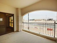 1 Bedroom Apartment in Fox Hills-photo @index