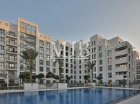 2 Bedroom Apartment in Zahra Breeze Apartments 3B-photo @index
