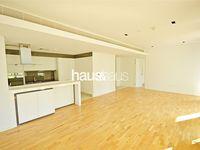 1 Bedroom Apartment in Apartment Building 10-photo @index