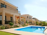 3 Bedroom Villa in Umm Ghuwailina 4-photo @index