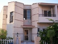 3 Bedroom Villa in Alexandria-photo @index