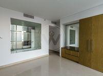 1 Bedroom Apartment in Etihad Tower 4-photo @index