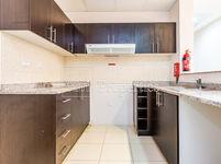 2 Bedroom Apartment in Mazaya 11-photo @index