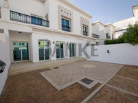 4 Bedroom Villa in Al Wasl Villas-photo @index