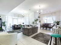 2 Bedroom Apartment in Executive Tower F-photo @index