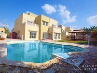 6 Bedroom Villa in Meadows 5-photo @index