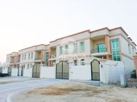 5 Bedroom Villa in Zone 2-photo @index