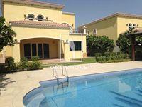 4 Bedroom Villa in Legacy Large