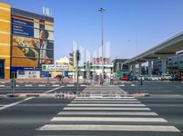 Retail Commercial in Hor Al Anz-photo @index